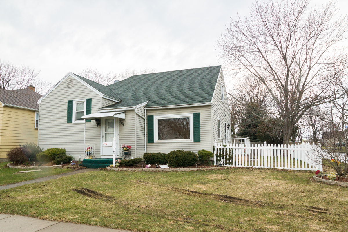 105 Farleigh Ave, Rochester, NY 14606